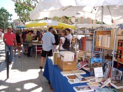 Marché aux livres - Vaison-la-Romaine